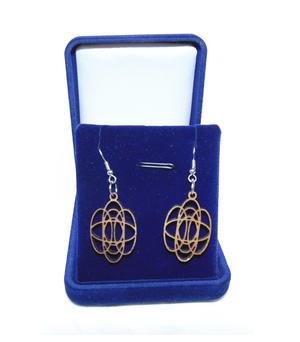 Earrings tangle